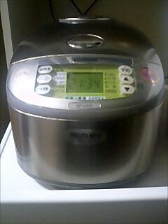 新しい炊飯器